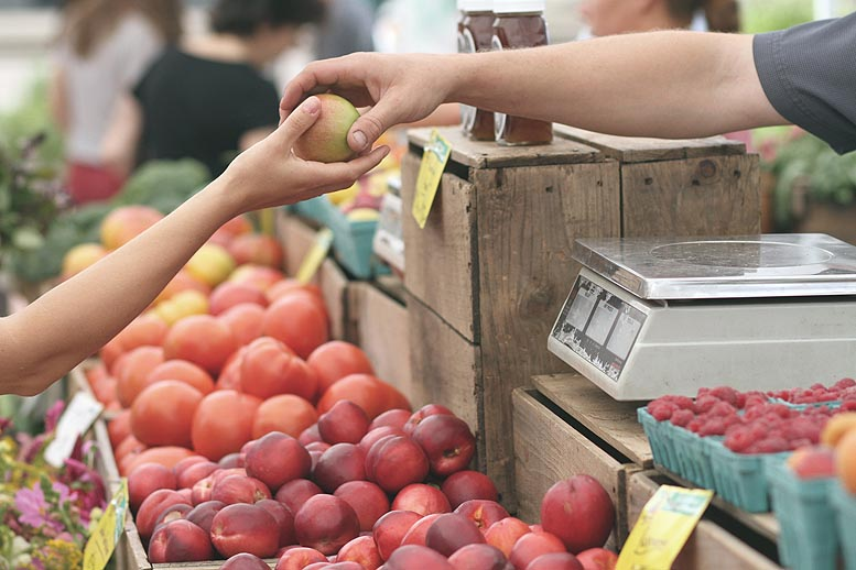El comercio local toca fondo en Baleares