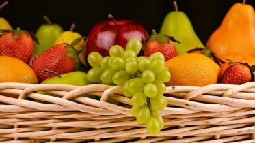 fruta y leche