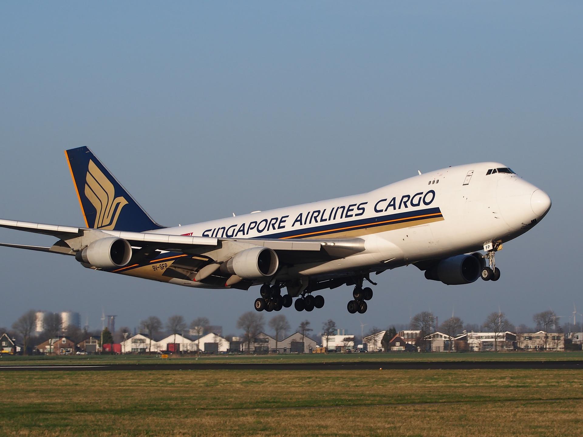 transporte aéreo comercio
